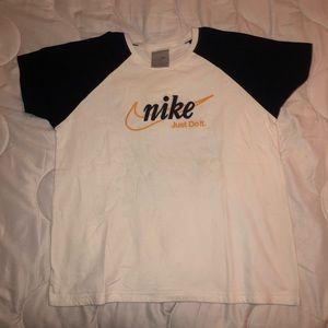 Vintage nike tshirt